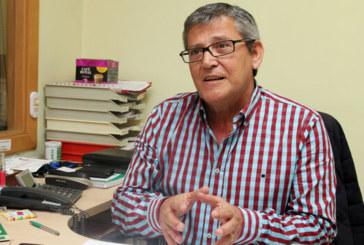 Antonio Botello, denuncia la falta de material en la Sanidad pública