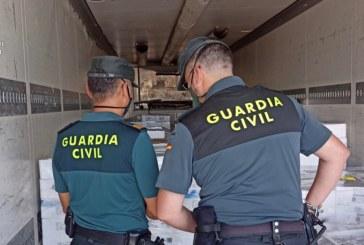 Isla Cristina | La Guardia Civil  interviene una gran cantidad de sardinas que carecían de documentación