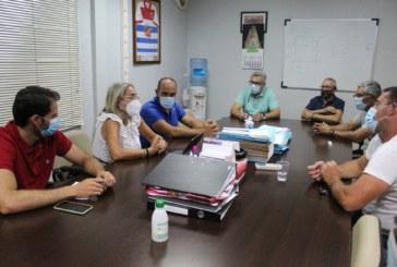 El Ayuntamiento de Cartaya y la Cooperativa Hortofrutícola establecen nuevas líneas de trabajo para potenciar el sector agrícola