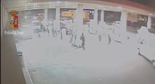 Arrestati 4 napoletani: picchiarono e derubarono tifosi juventini in autogrill