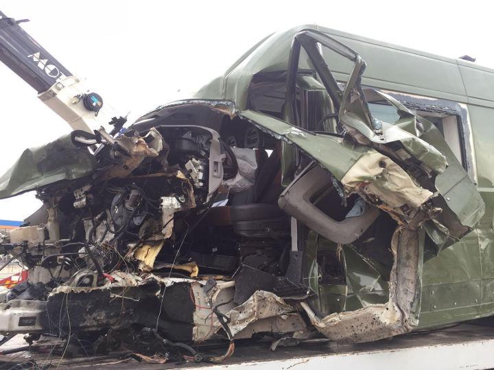 Autostrada A1, si ribalta furgone dell'esercito: morto un militare