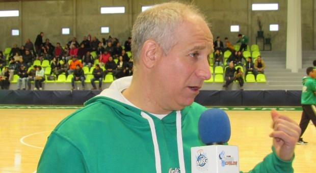 Kogan sigue en Deportes Castro