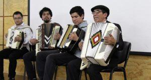 Regional: folclorista chonchino recibió importante reconocimiento.