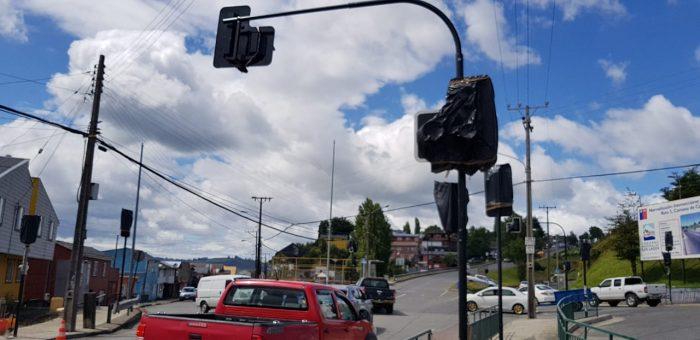 Castro: comenzarán a funcionar semáforos en puntos conflictivos.