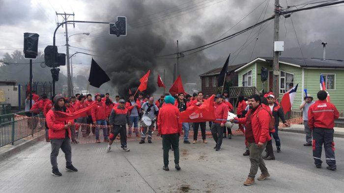 Castro: sindicato de trabajadores Salmofood finaliza huelga legal.