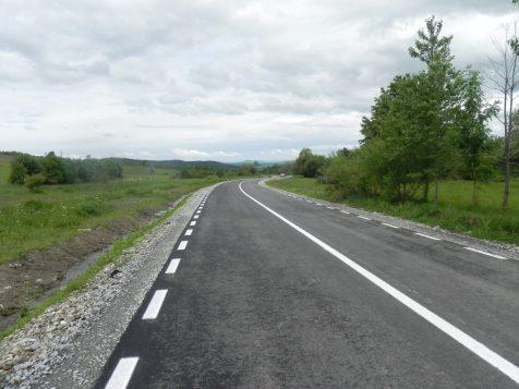 Drumul dintre Cușma și Livezile
