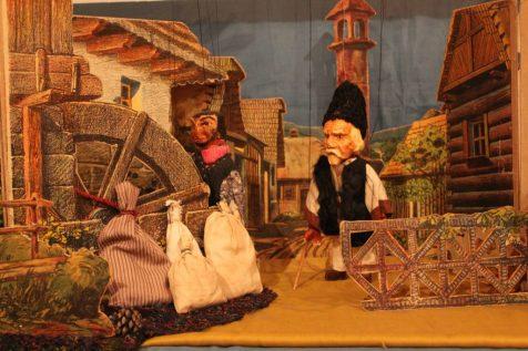 expozitie de marionete vechi (3)