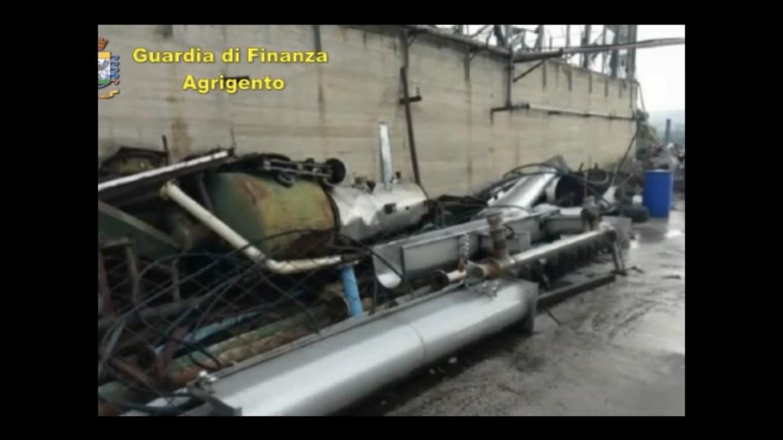 GUARDIA DI FINANZA: eseguito il sequestro di uno stabilimento industriale per la lavorazione della sansa per pericolo d'inquinamento ambientale.