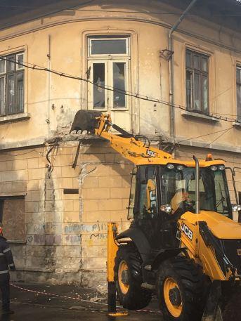 balcon-cazut-1