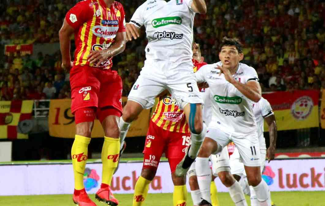El fútbol colombiano se reanudaría la segunda semana de septiembre