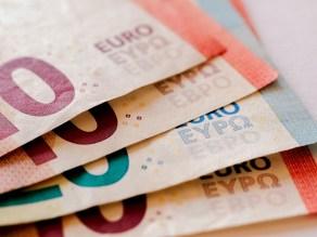 λεφτά χρήματα μετρητά χαρτονομίσματα