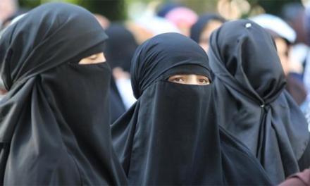 Austria, scatta il divieto totale di indossare burqa e niqab