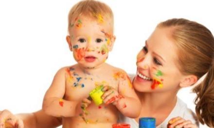 La lista di regole di una mamma per la babysitter è esilarante!