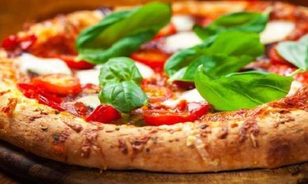 Pizza napoletana patrimonio Unesco: due milioni di firme raccolte
