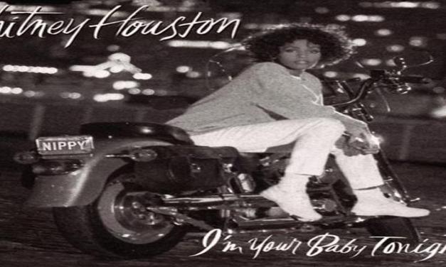 """Novembre 1990: il brano """" I'm Your Baby Tonight """" di Whitney Houston #1 delle hitchart"""