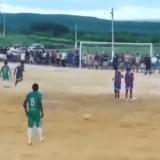 Il calcio di punizione tirato veramente…bene! (video)