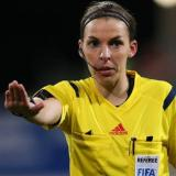 Calcio, la francese Frappart prima donna arbitro per una partita di Champions League