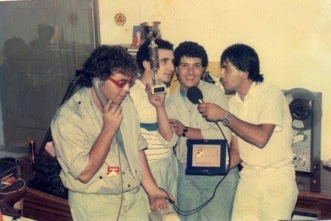 Storia di Radio Gioiosa Marina, anno 1982, foto con Guido Bonavita, Alessandro Staltari Bruno ecc