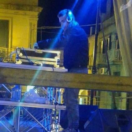 Alessandro Bonavita Staff Radio Gioiosa Marina in consolle