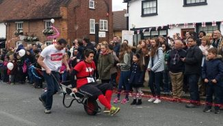 Jon and Ant in the wheelbarrow race