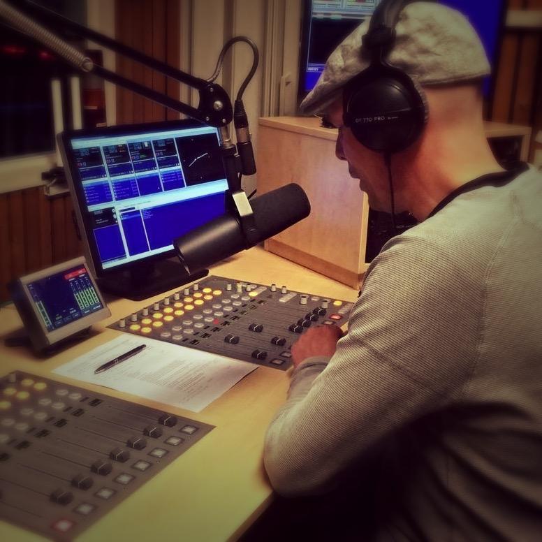 Zondagavond Show met Peter Jansen