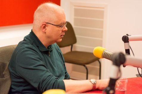 MARK STRINGER SI GABRIEL BEBESELEA LA RADIO IASI - 02 04 2015_11