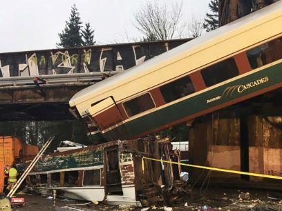 train-derailment-ht-04-jpo-171218_4x3_992