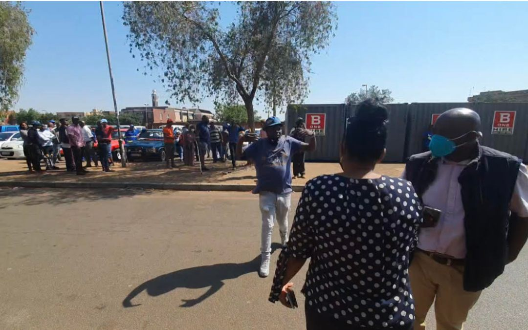 [LISTEN] Objection of Lenasia Taxi Rank Informal Traders Relocation Project Nothing to do with Race