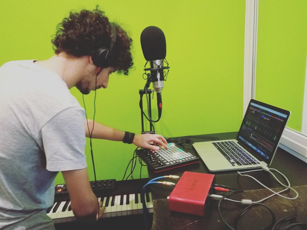 Lumi: intervista + live session