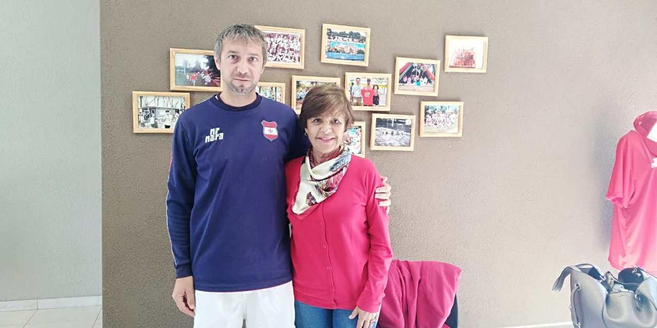 Encuentro de tenis adaptado en Lariviere
