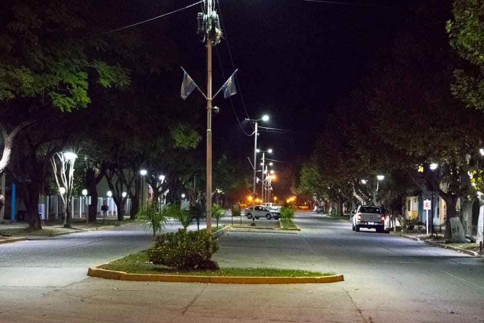 Nuevas luminarias led en avenida 16