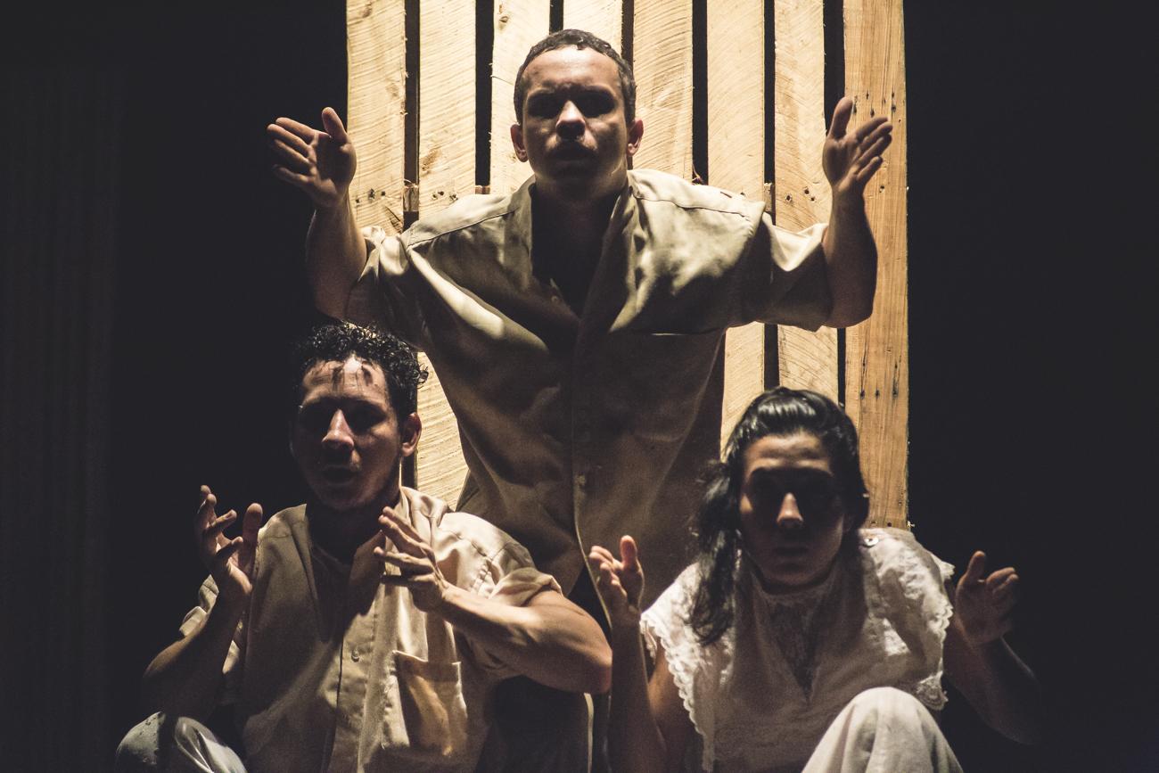 El Teatro del Presagio nos presenta AZUL - Azul-23-sept-2017-44