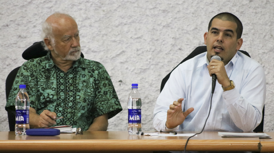 EEUU y OEA intentan invadir Venezuela — Morales