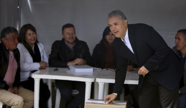La post corrupción y las crisis de Colombia - ivan-duque-votoanticorrp.inaldoperezfoto