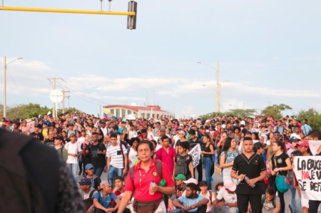 Histórica marcha de los estudiantes en Cartagena - 5bb7551192dde