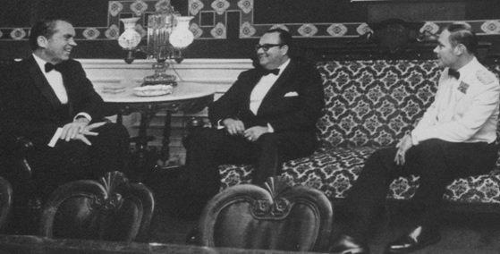 ¿Imperialismo o fascismo? - Nixon-con-Somoza