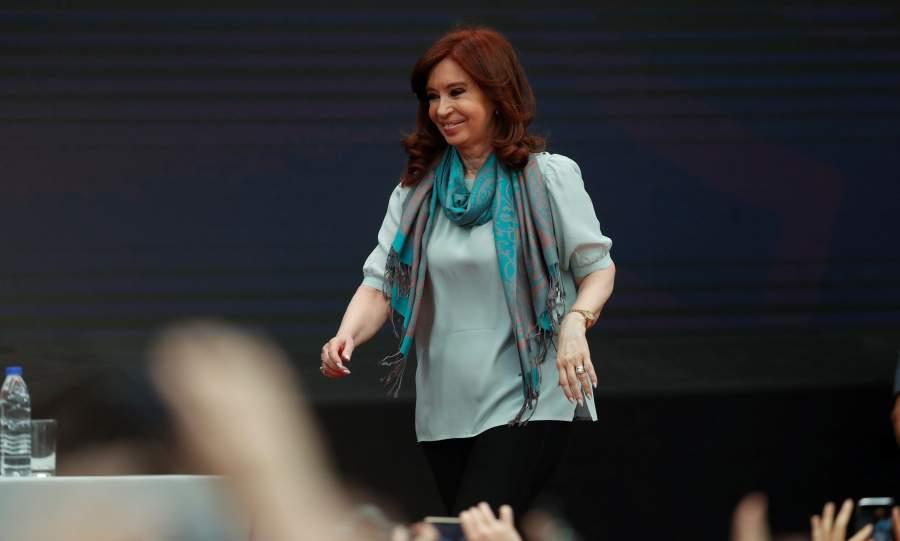 Cristina Fernández llama a enfrentar neoliberalismo de Macri - Cristina-Fernández-1-900x541