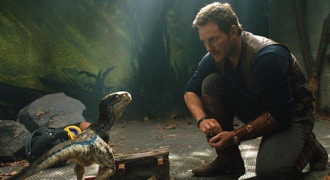 Mujeres y hombres de ciencia rompen clichés en los taquillazos del año - Jurassic-World-2-critica_image671_405