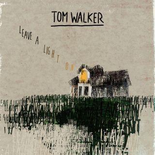 TOM WALKER arriva il singolo di debutto LEAVE A LIGHT ON