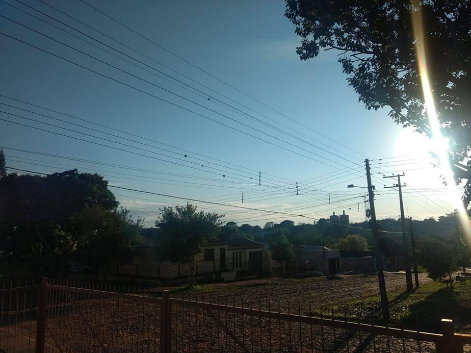 Domingo com sol e tempo bom