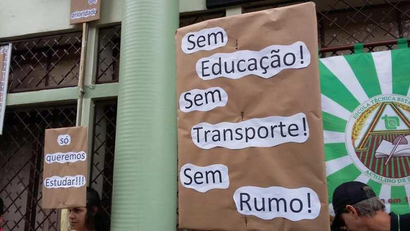 Governo não diz quando transporte escolar será normalizado em Santo Antônio das Missões
