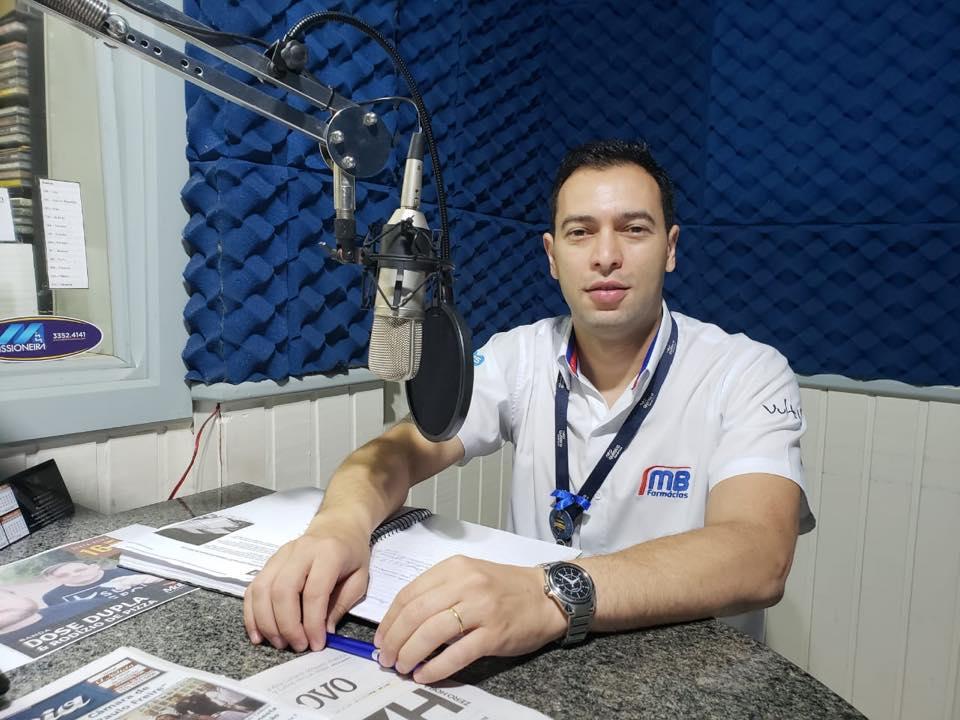 Gerente da MB Farmácias comemora resultado do grupo no ranking das 20 maiores empresas de São Luiz Gonzaga