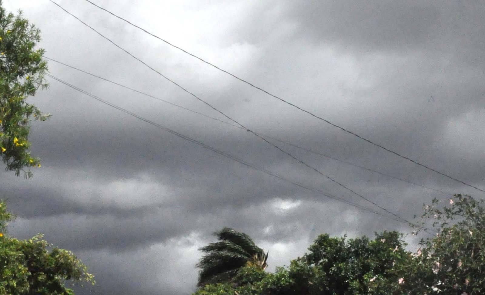 Tempo nublado pela manhã e possibilidade de chuva no decorrer desta quarta-feira