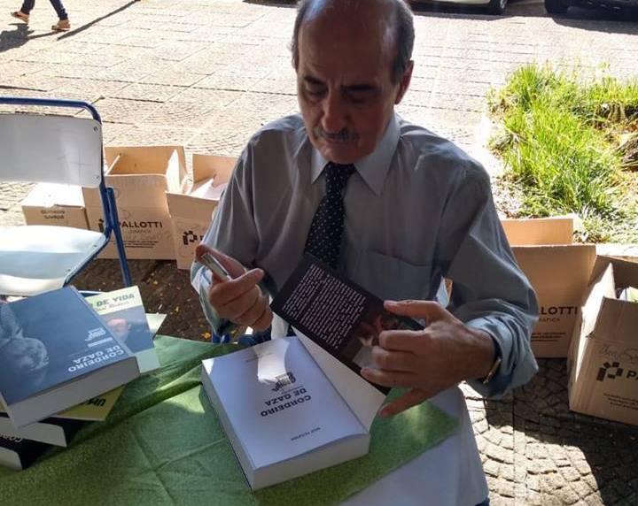 "Noé Teixeira lançou autobiografia intitulada ""Cordeiro de Gaza"""