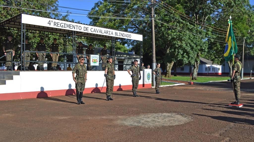 Nove militares do 4° RCB são promovidos