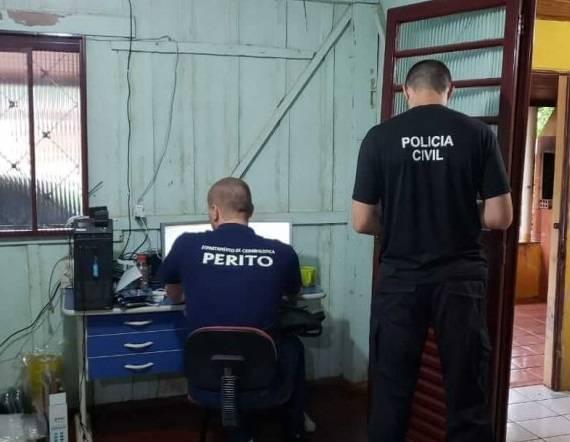 Homem que guardava imagens de crianças e adolescentes nuas é preso por pedofilia em Cerro Largo