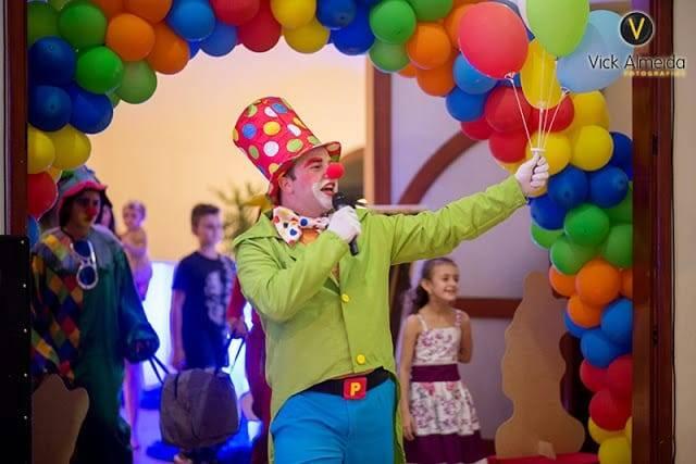 Palhaço Roger é uma das atrações do Criança Feliz 2018