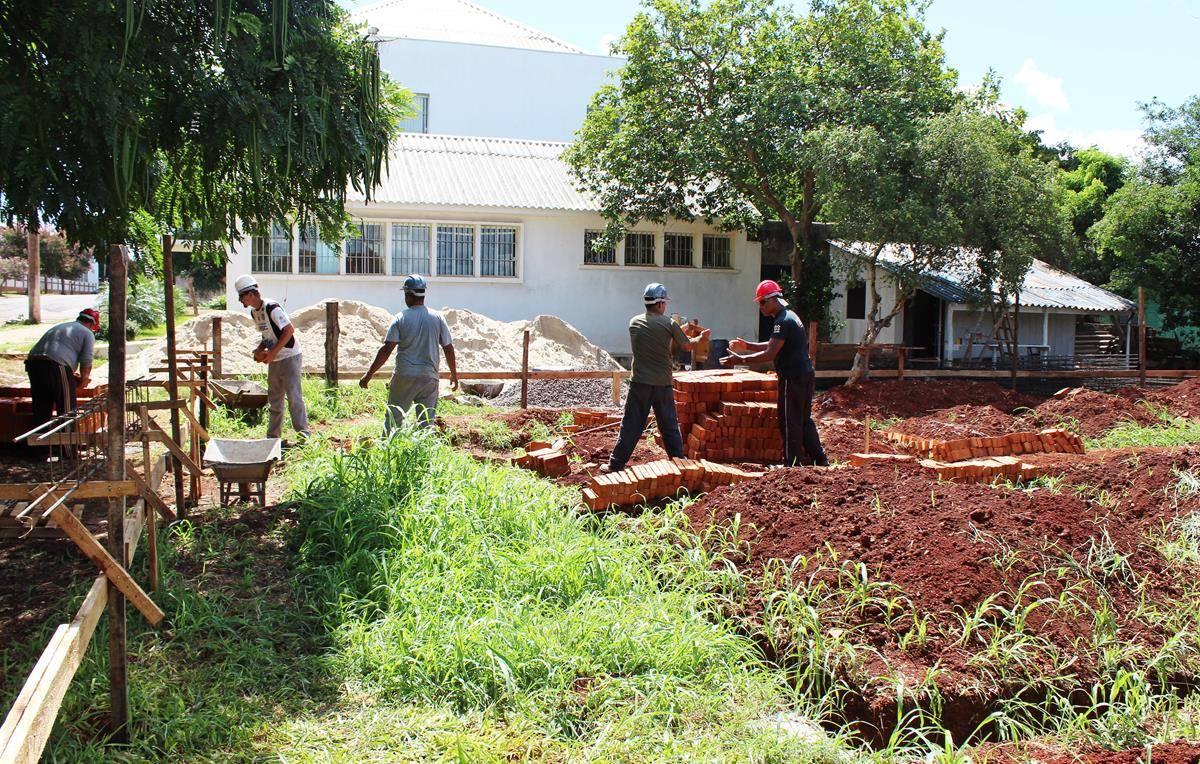 Nova sede do CREAS começa a ser construída