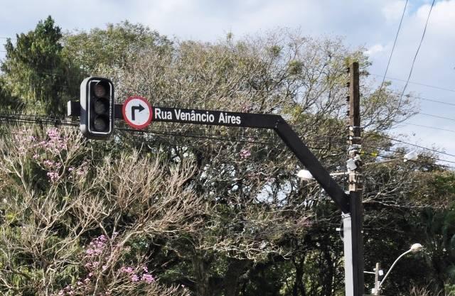 Funcionamento dos semáforos nas ruas São João e Venâncio Aires foi normalizado