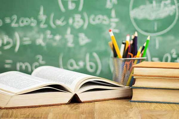 Prefeito começa a receber protocolo de atividades de instituições de ensino